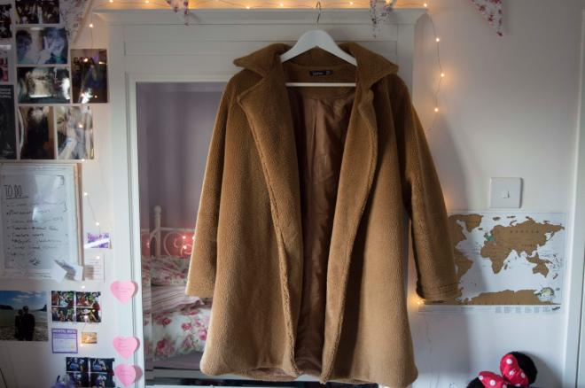 Camel coat new new new.jpg