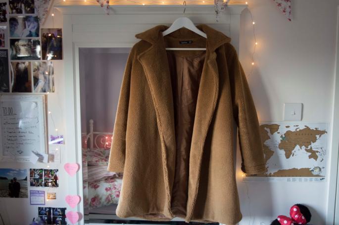 Camel coat new new new.jpg